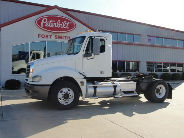 2005 FREIGHTLINER CL120 NONE