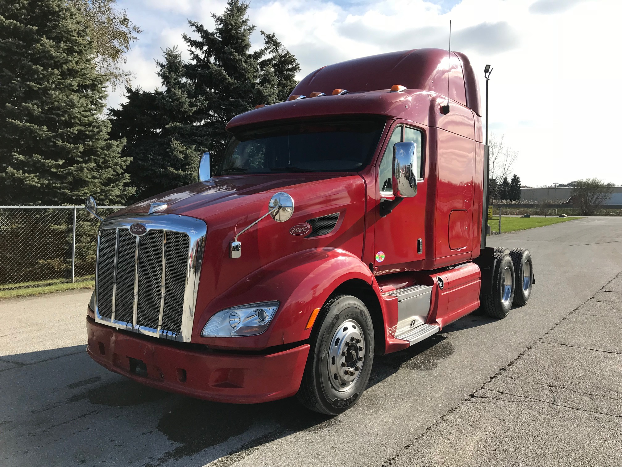 Peterbilt Trucks for Sale | Peterbilt 387 models | TLG