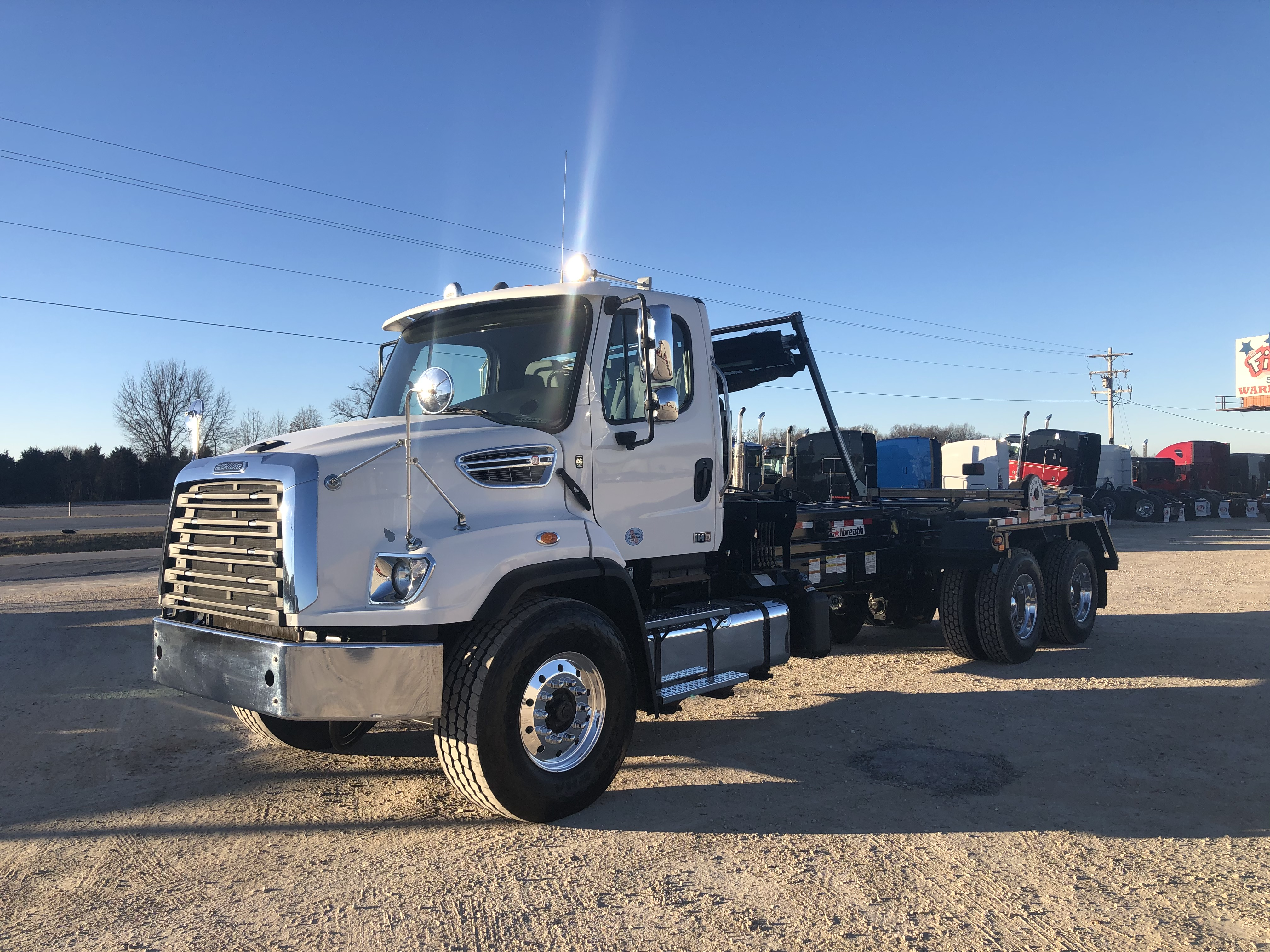 2016 FREIGHTLINER 114SD NONE